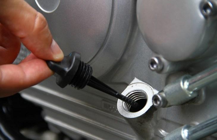 Saiba qual é o tipo certo de óleo para cada moto