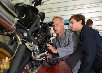 cursos de mecânica de motos, quais fazer